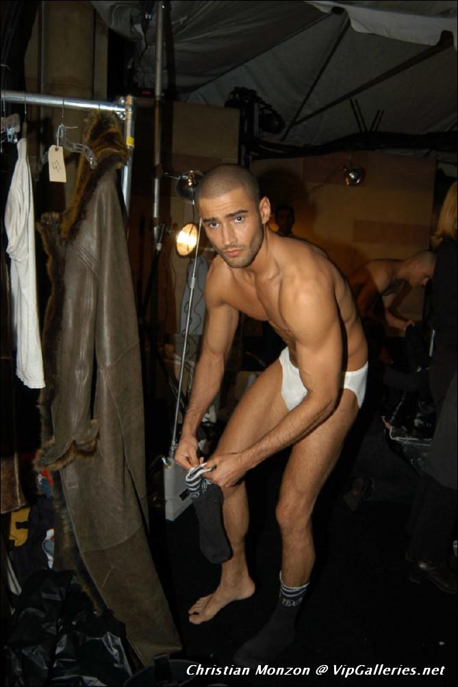 cam free mature naked web